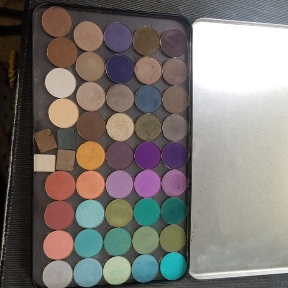 Coastal Scents Other - Shadow palette